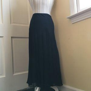 Diana Von Furstenberg Floaty Silk Skirt 12